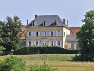 6 bedroom Villa in Tourtoirac, Dordogne, France : ref 2018005 - Tourtoirac vacation rentals