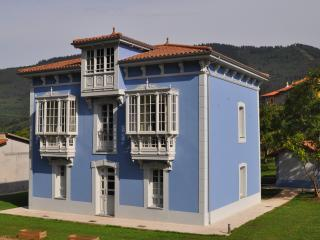 Romantic 1 bedroom Apartment in Cudillero with A/C - Cudillero vacation rentals