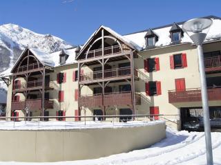 Appartement de standing 52 m² Centre - Saint-Lary-Soulan vacation rentals