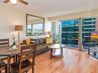 Great Location, Upgraded 2 Bedroom Waikiki Condos! - Honolulu vacation rentals