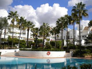 White pearl beach 2.5 bedrooms - Elviria vacation rentals