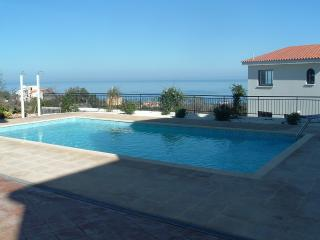 Nice 2 bedroom Apartment in Neo Chorion - Neo Chorion vacation rentals