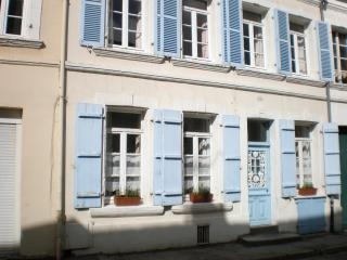 Nice 2 bedroom Townhouse in Montreuil-sur-Mer - Montreuil-sur-Mer vacation rentals