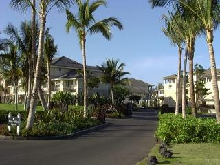 Lovely 2nd Floor Unit on Golf Course - Kohala Coast vacation rentals