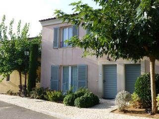 Sainte-Maxime 3 Bed Villa - Saint-Maxime vacation rentals