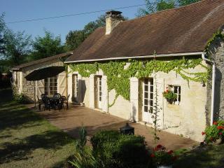 Longère blonde Périgord noir - Carsac Aillac vacation rentals