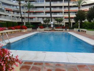 Parque 53e Marbella centre beach - Marbella vacation rentals