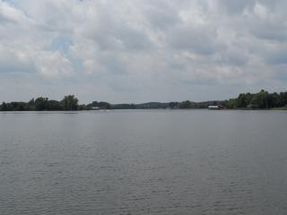 TN RIVER WATERFRONT VACATION HOME!!  DOCK/RAMP - Watts Bar Dam vacation rentals
