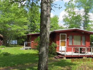 Waterfront Davis pond Eddington Maine - Bangor vacation rentals