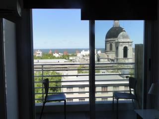 Studio AP with sea view! Best location in MVD (86) - Montevideo vacation rentals