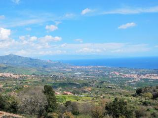 The View, Sicily (near Mount Etna and Taormina) with plunge pool - Piedimonte Etneo vacation rentals