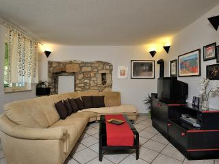 Nice House with Internet Access and Dishwasher - Nova Vas vacation rentals