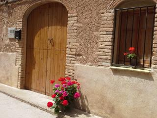 3 bedroom Guest house with Television in Mora d'Ebre - Mora d'Ebre vacation rentals