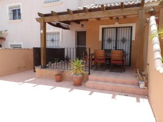 Lovely 3 bedroom House in El Carmoli with Internet Access - El Carmoli vacation rentals