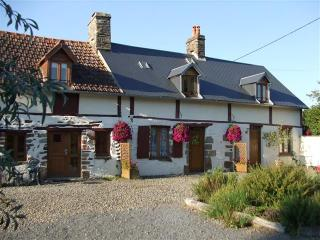 1 bedroom Cottage with Internet Access in Les Cresnays - Les Cresnays vacation rentals