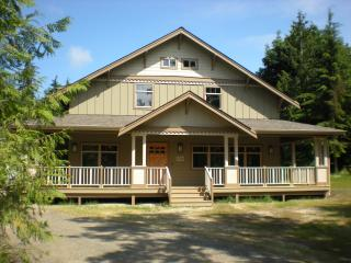 OLYMPIC FOOTHILLS LODGE: SLOW DOWN AND REJUVENATE - Port Angeles vacation rentals