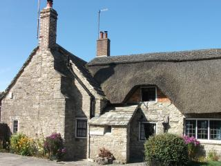 Bright 2 bedroom Cottage in Corfe Castle - Corfe Castle vacation rentals