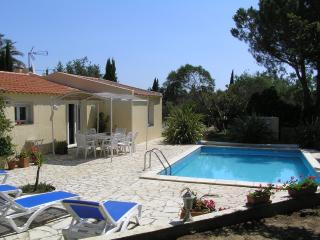 L'Andalouse - Fourques vacation rentals