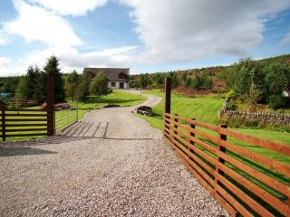 Beautiful 2 bedroom House in Glenmoriston - Glenmoriston vacation rentals