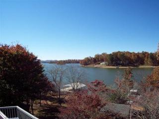 Lakefront Luxury Home on Lake Chatuge w/Dock - Hayesville vacation rentals