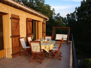 Nice Villa with Satellite Or Cable TV and Television - Bauduen vacation rentals