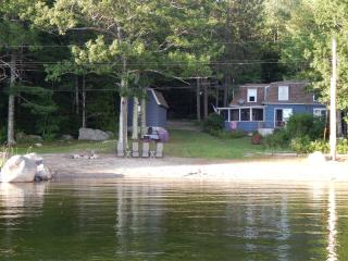 Swan Lake Cottage  A/C & Heat - Frankfort vacation rentals