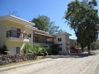 Costa Rica-Potrero Condo just steps to the beach! - Playa Potrero vacation rentals