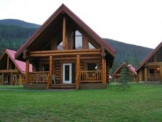 Spectacular Mountain Views,Large Chalet for Family - Field vacation rentals