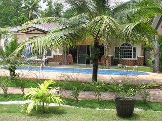 Bohol Vacation House/Swimmin Pool - Panglao vacation rentals