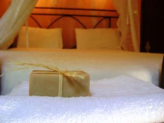 Comfortable 2 bedroom Kallithea Villa with Internet Access - Kallithea vacation rentals