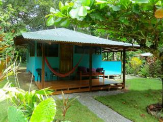 Cabinas Ola Mar - Casa Lapa, family cabina - Cabo Matapalo vacation rentals