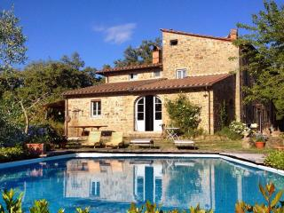 Villa near Florence WiFi / Pool / Amphitheatre - Tuscany vacation rentals