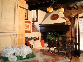 La Piazzetta del Borgo - Amarillis - Todi - Todi vacation rentals