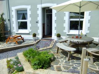 7 St Marys, Arthog, Mawddach Estuary, Snowdonia - Arthog vacation rentals