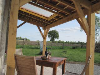Romantic Champagne Mouton vacation Gite with Television - Champagne Mouton vacation rentals