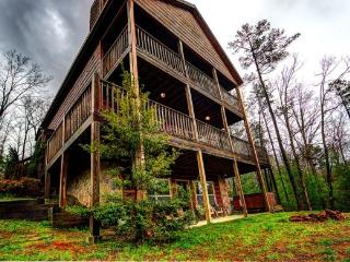 R&R Retreat - Spectacular Long Range Mountain Vie - Blue Ridge vacation rentals
