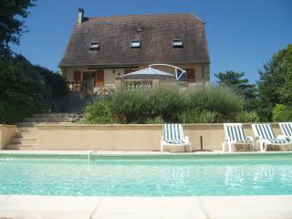 Lovely 4 bedroom Sarlat-la-Canéda Villa with Outdoor Dining Area - Sarlat-la-Canéda vacation rentals