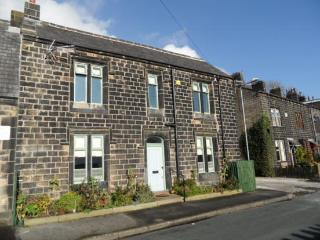 2 bedroom Cottage with Internet Access in Todmorden - Todmorden vacation rentals