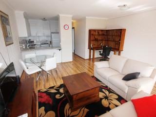 Comfortable Townhouse with Internet Access and A/C - Canberra vacation rentals