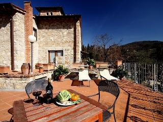2 bedroom Apartment with Shared Outdoor Pool in Pontassieve - Pontassieve vacation rentals