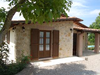 Delightful 2 bedroom farmhouse with beautiful private grounds and pool - Sarteano vacation rentals