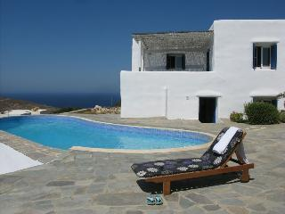 Vacation Rental in Paros
