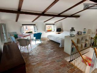 Loft Apartment  in Fondi - Fondi vacation rentals