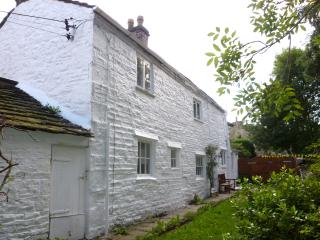 2 bedroom Cottage with Internet Access in Whaley Bridge - Whaley Bridge vacation rentals