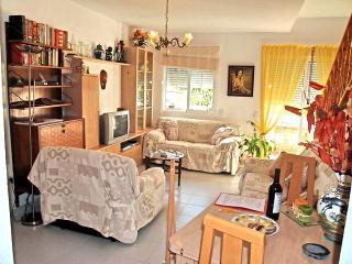 2 bedroom Cottage with Internet Access in Pozo de los Frailes - Pozo de los Frailes vacation rentals
