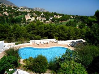 Rent-a-House-Spain, Altea  2-4 pers. on golf cours - Altea la Vella vacation rentals