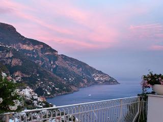 6 bedroom Villa in Positano, Positano, Amalfi Coast, Italy : ref 2230417 - Positano vacation rentals