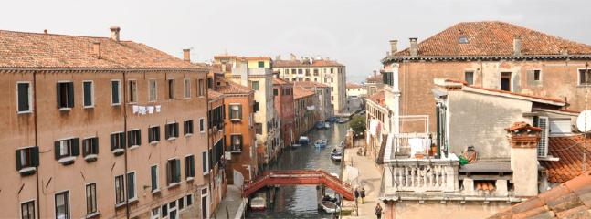 Apartment in Venice with Rooftop Terrace - Ambra - Image 1 - Venezia - rentals