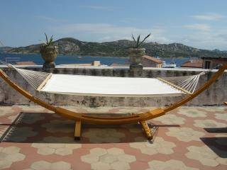 LA MADDALENA AFFASCINANTE ATTICO CENTRO VISTA MARE - La Maddalena vacation rentals