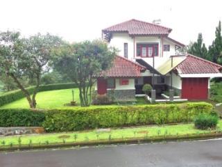 Villa Chava Bata - Ciater Highland Resort - Bandung vacation rentals